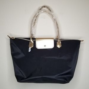 Handbags - NWT sturdy black tote bag with rose gold details